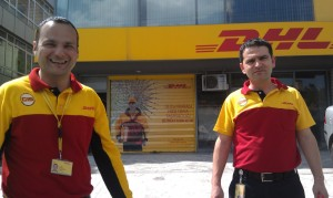 Friendly_DHL_staff